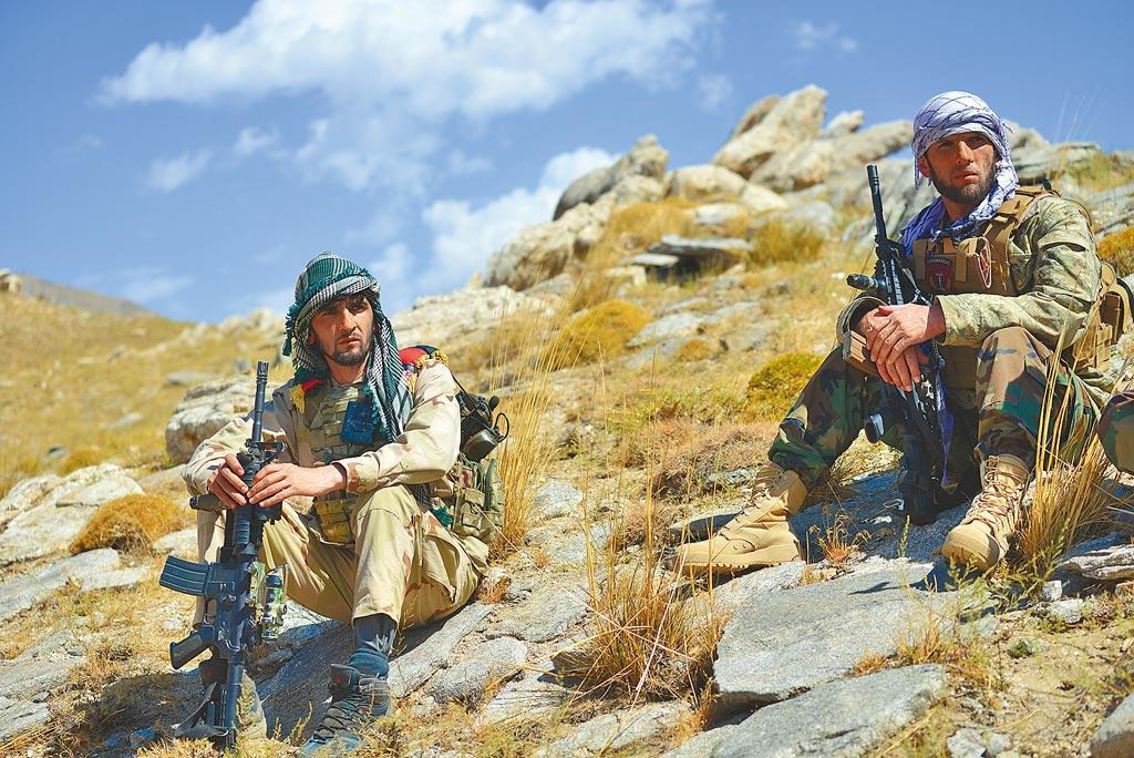 俄羅斯外長拉夫羅夫25日在紐約聯合國總部的記者會上表示,沒有塔利班的合作,阿富汗的政治進程不可能實現。(新華社)