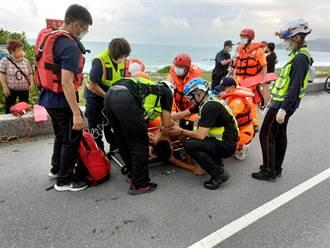 花蓮2高中生海邊戲水遭浪捲走 獲救送醫幸無大礙