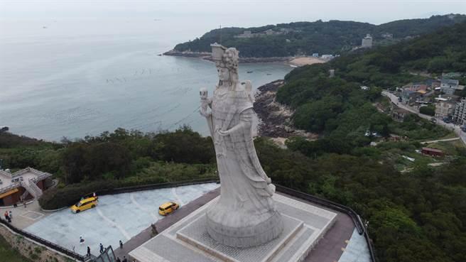 位於馬祖的媽祖巨神像,庇佑來自四方的人民與船隻。(戴志揚翻攝)