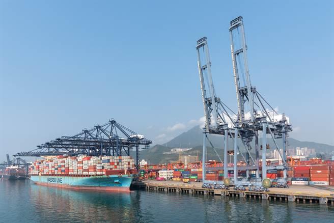 鹽田港所在地區受限電政策影響。(圖/shutterstock)