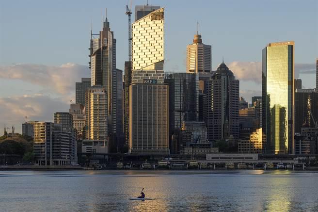雪梨居民若未接種疫苗,恐被禁社交活動。(圖/美聯社)