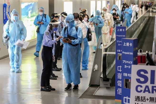 打這3種疫苗去日本少隔離4天,日本宣布10月1日起,只要符合疫苗接種條件,並持有接種證明,入境後居家隔離可從14天縮短為10天。(圖/陳麒全攝)