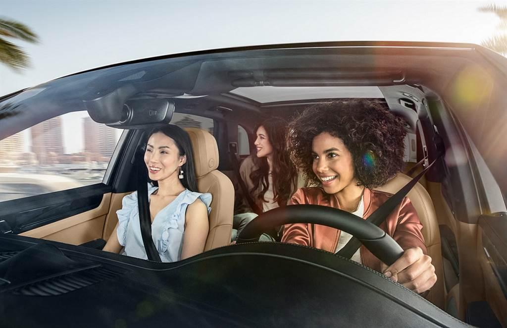 Porsche Approved Warranty保時捷認證保固服務涵蓋範圍從原先10年的涵蓋區間,擴大至車齡第15年。(圖/台灣保時捷提供)