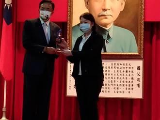 揪出勞金局前組長貪汙案 蔡穎玲10人獲年度模範廉政人員獎
