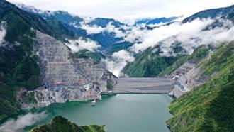 雅礱江兩河口水電站投產發電 陸水電邁向高海拔寒冷地區