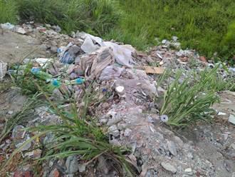 苗栗後龍熱心登山客發現廢棄物 竹南警循線逮3人