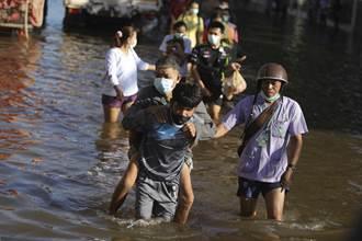 泰國水患官員勘災照片竟P圖 太掉漆慘被抓包