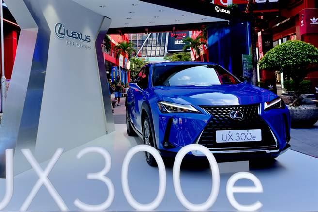 揭開電動化序章 Lexus UX300e上市