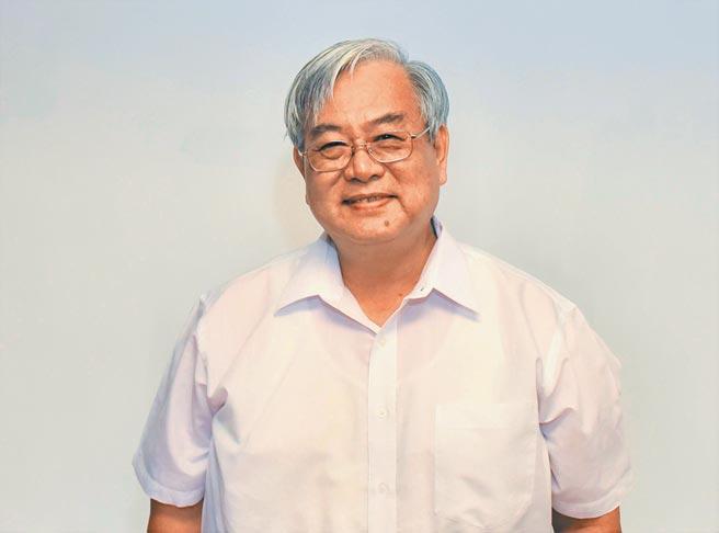 高雄科技大學副校長俞克維是海洋教育權威,也是今年教育部師鐸獎得主。(林瑞益攝)