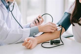 高血壓患者注意!研究:年長者血壓標準最好再降低