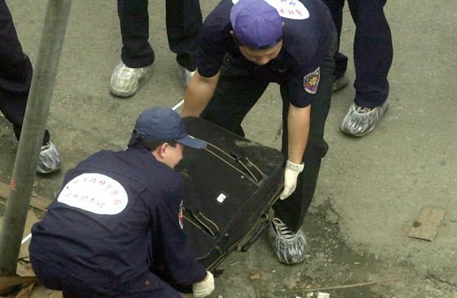 大學生玩窒息式性愛全裸慘死行李箱 真相藏驚人秘密