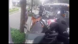 阻撓拖吊機車被捕 男子上網討拍遭砲轟