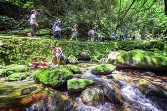 劉克襄也助陣!臺北大縱走系列活動開跑 參加即可獲得「登山扣環」