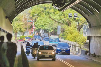 區間測速停用 自強隧道事故暴增6成