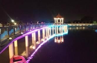 彰化掀「凌波微步」式漫遊 二林鎮代安宮環湖步道夜裡好夢幻