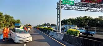 疑操作不當 女駕駛國道上撞內側護欄 車輛回堵6公里