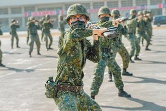 軍事訓練役男首批下部隊 要求絕對服從
