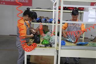 越南大批工廠因疫情影響關閉 美服裝和鞋類供應鏈受衝擊