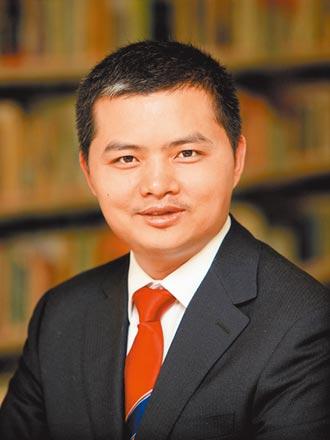 中國決策民主集中 西方應撕威權標籤