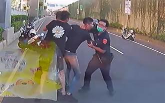 《火神的眼淚》街頭上演!警消遭囂張2男打到骨折、眼鏡碎