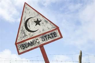阿富汗清真寺自殺炸彈攻擊數十人喪命 伊斯蘭國宣稱犯案