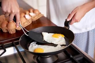 一天最多可吃幾顆蛋?醫師揭答案 40萬網友震驚