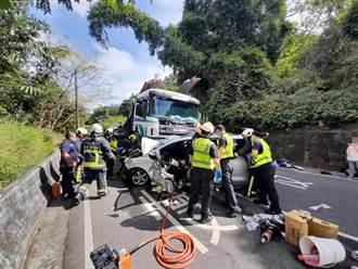 大坑風景區周邊聯結車突追撞!4車撞成一團 5乘客受傷急送醫