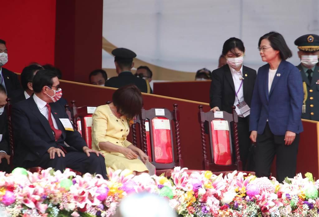 前總統馬英九今表示,蔡英文總統國慶演說「違憲」、「擔心影響我們跟美國的互信」等說法。圖為中華民國110年國慶大會。(資料照,鄭任南攝)