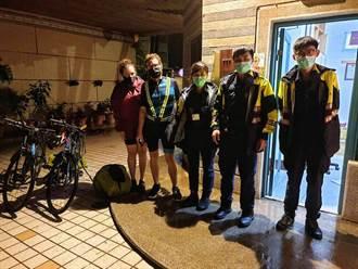 愛爾蘭情侶單車環島遇颱風找不到住宿  大園暖警伸援手