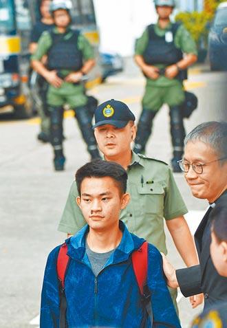 蔡政府把台灣當香港租界 監院還護航