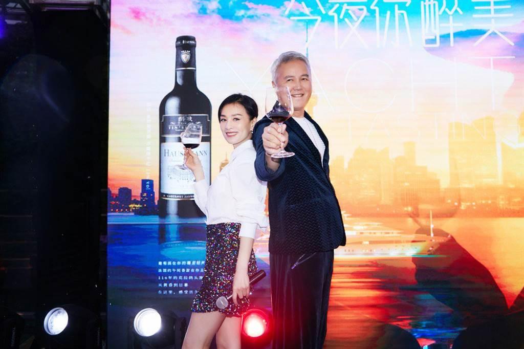 張庭合體林瑞陽在上海出席活動。(圖/tst達爾威公司提供)