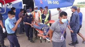 尼泊爾山區大巴士墜崖 至少28死