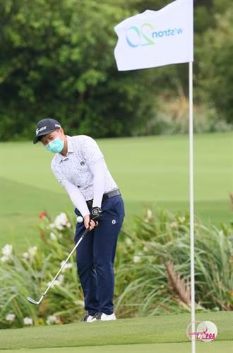 緯創女子高球賽 石澄璇展開衛冕路首回3桿領先
