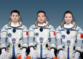 神舟13號16日發射 王亞平將成大陸首位出艙女太空人