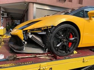 車主崩潰 千萬藍寶堅尼車頭被撞爛 肇逃者僅需賠8萬元
