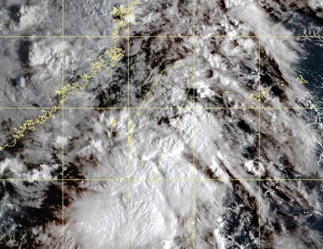 今全台天氣不穩定,周六起將有一波東北季風南下,氣溫有感轉涼。(中央氣象局提供)
