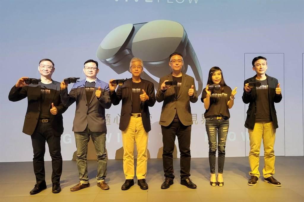 宏達電今日發表全新概念產品-VIVE Flow,看好銷量突破過往。(黃琮淵攝)