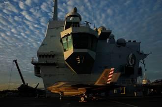 英航艦上茶喝完了 加拿大巡防艦暖心送千枚茶包