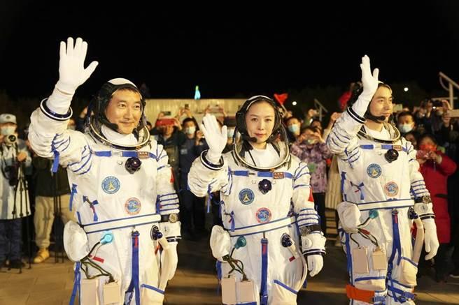 大陸神舟13號載人太空船發射成功 順利進入預定軌道