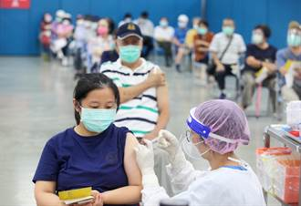 37萬莫德納鐵粉有疫苗了 陳時中曝規劃:近期開放打第一劑