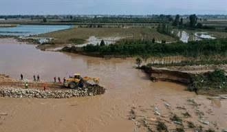 大水決堤 陝西20多萬人受災、近50萬畝農田被淹
