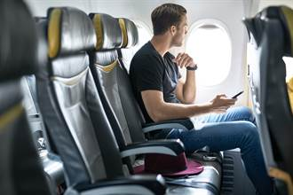 2人搭飛機如何獨享整排座位?旅遊專家曝3秘訣