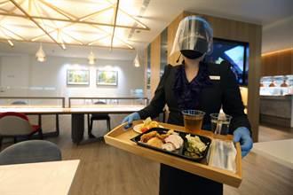 用鏡頭看台灣》桃機開放出境餐飲內用 業著:機場像活過來了