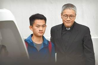 陳同佳律師7次致電台灣談投案   遭回「不用再打來」陸委會說話了