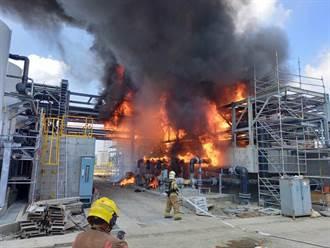 台積電南科再生水廠電銲引大火 救出2工人疏散270人