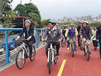 桃園南崁溪印象大橋啟用不到2年 直擊自行車跑道坑坑疤疤