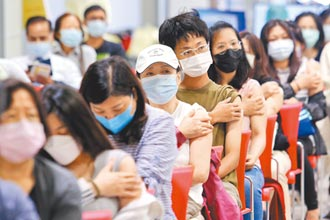 疫苗接種亂象 柯批亂源在中央