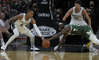 NBA》公鹿三巨頭重新到位 作客拔「刺」摘第2勝