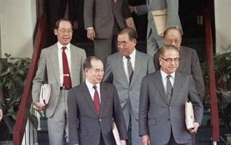史话》美国与党外的合作关系──解读郝柏村回忆录之5(龙城飞)