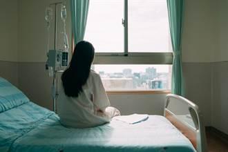 20岁嫩妹为爱堕胎7次 痛到跪在床边仍坚信:他是爱我的